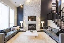 natursteinwand im wohnzimmer der natürliche charme