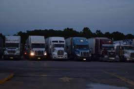 It's Trucker Sense': Industry Groups Rally Behind Nixing Of 34-hour ...