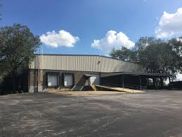 100 Warehouse Sf 21000 Sf Warehouse Located On 3 Acres Heatedcooled