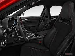 2018 Alfa Romeo Giulia Dashboard