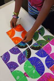 Radial Design Then Cut Into And Glue To White Paper Lesson Integrate Art Math Geometry