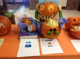 Pumpkin Contest Winners 2013 by Blue 8 Takes Top Prize In Pumpkin Carving Contest Umkc Of