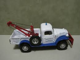 100 Tow Truck Albuquerque Dodge 1946 Power Wagon Ist Gear Diecast 130 Scale Malcolm