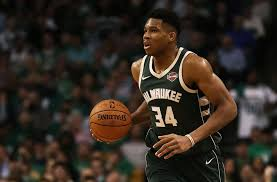 Milwaukee Bucks Daily Giannis Antetokounmpo sets the bar high