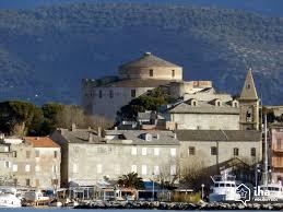 port de florent location villa dans une propriété à florent iha 17167