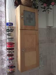 badezimmer oder arzneihängeschrank neuwertig