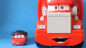 Mack The Truck From Cars Launches Lightning And Hotwheels. - YouTube Wheres Mack Disney Australia Cars Refurb History Fire Rescue First Gear Waste Management Mr Rear Load Garbage Truc Flickr The Truck Another Cake Collaboration With My Husband Pink Truckdriverworldwide Orion Springfield Central Pixar Pit Stop Brisbane Kids 1965 Axalta Promotions 360208 Trolley Amazoncouk Toys Games Cdn64 Toy Playset Lightning Mcqueen Download Trucks From Amazoncom