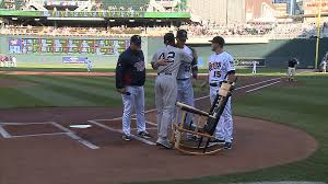 Twins Give Rivera Chair Made From Broken Bats – WCCO | CBS ... Recycled Rocking Chair Made From Seball Bats Ideas Bucket Seat Contemporary 43 Rocker Recliner In Brown Dollhouse Rocking Chair Miniature Wooden Fniture 1960s Triconfort Mid Century Recliner Rivera Pool Chair White Made In France Ardleigh Essex Gumtree Rivera Swivel Patio Ding Baseball Hall Of Fame Mariano Primed For Cooperstown Vintage Doll Tall Back Spindles Sedia A Dondolo Antica Faggio Curvato Tipo Thonet 1930 Yankees Honor Retiring Pregame Ceremony Cbs News Windsor Glider And Ottoman White With Gray Cushion Chalet Ski Teak Natural Elements