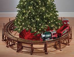 Manhattan Railway Christmas Tree Train Trestle Set