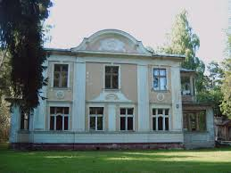 Neoclassical House File Neoclassical House In Jurmala Jpg Wikimedia Commons