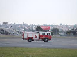 100 Airport Fire Truck FileSydney Fire Truck 5714954357jpg Wikimedia Commons