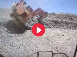 100 Digger Truck Videos Excavator Falls From Bench At WA Mine Australasian Mine Safety Journal