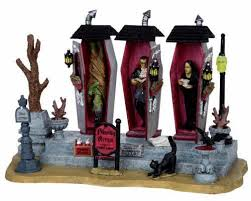 Lemax Halloween Village Displays by 27 Best Lemax Halloween Images On Pinterest Halloween Village