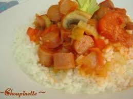cuisiner des saucisses fum馥s saucisses fumées aux tomates recette ptitchef