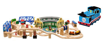 free tidmouth sheds deluxe set thomas wooden railway shed build