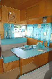 PICTURES OF IDEAS TO DECORATE VINTAGE TRAILER
