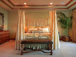 Blackout Canopy Bed Curtains by How To Choose The Right Bedroom Curtains Diy