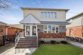 100 Nyc Duplex For Sale NYC Houses Ozone Park 6 Bedroom House For