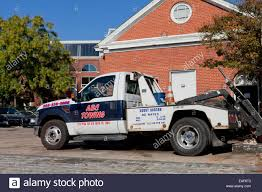 Truck Towing Usa Stock Photos & Truck Towing Usa Stock Images - Alamy Home Matchett Towing Recovery Pensacola Tow Truck Jerr Dan Trucks Nashville Tn Rembrance For Driver Killed In Train Crash Quality Preowned Dodge Dakota At Eddie Mcer Automotive Quality Car Stock Photos Uniforms Ud Bobs Auto Repair Types
