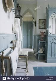 ein detail einer traditionellen land blau bemalten gotischen