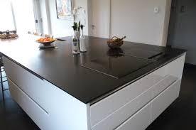 plan travail cuisine quartz plan de travail de cuisine en quartz trendy plan de travail de
