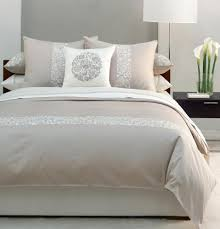 Nice Small Bedroom Ideas With Natural Color Of Bed Wall And Table Lamp