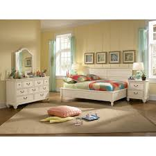 Zayley 6 Drawer Dresser by Bedroom Wooden Full Daybed With Dresser And Area Rug For Home