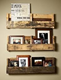 sweet little shelves made out of pallets diy crafts