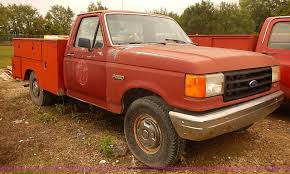 100 Ford F250 Utility Truck 1987 Utility Truck Item I5464 SOLD October 7