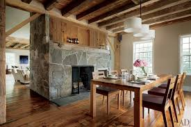 A Dining Space Designed With Natural Materials
