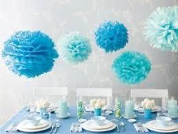 fleurs de papier pour décoration de baptême de communion par