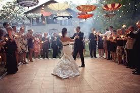 des décorations jusqu au plafond pour mon mariage mariage