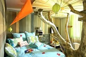chambre enfant cabane chambre enfant cabane on decoration d deco chambre bebe cabane