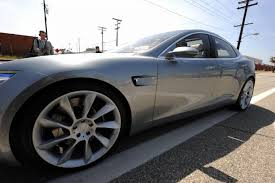 100 Women Flashing Truck Drivers Driver Arrested For DUI Drove Tesla Asleep On Autopilot Fortune