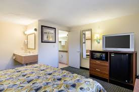 West Springfield Hotel Coupons for West Springfield Massachusetts