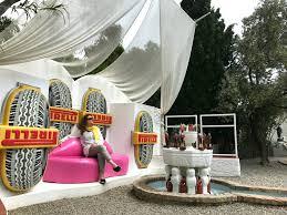 Salvador Dali Mae Wests Lips Sofa by Kom Med Ind I Salvador Dali U0027s Private Hus I Portlligat