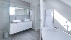 vinylboden im bad wie gut eignet er sich für feuchträume