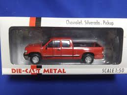100 Diecast Promotions Trucks Buffalo Road Imports Chevy Silverado 2000 Pickup Red TRUCK PICKUP