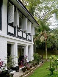 Black And White Colonial House Of Singapore It Is The Intersection Architecture Climate Time At British Rule H