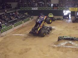 Monster Trucks Videos 2013] - 28 Images - Monster Truck Blue Thunder ...
