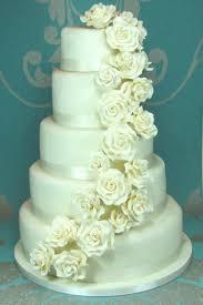 Wedding Cake Frosting Types New Wedding Cake Flowers February