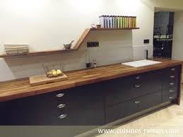 cuisine bois massif contemporaine meuble cuisine en bois massif les diffrents meubles se disposent