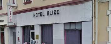 femme de chambre grenoble grenoble un gérant d hôtel violemment attaqué par un homme car il