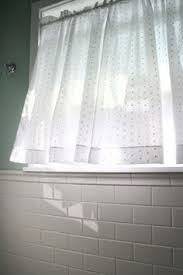Small Bathroom Window Curtains by I Have A Window Just Like This In My Master Bath These Curtains
