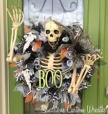 Grandin Road Halloween Wreath by 351 Best Halloween Wreaths And Garland Images On Pinterest