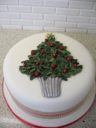 Christmas Tree Meringues Tesco by A Holly Christmas Tree Cake Christmas Cake Pinterest