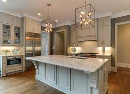 Transitional kitchen cabinets Traditional cabinets Shaker cabinets