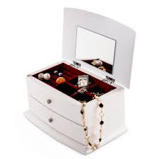 2 Compartment Elegant White Jewelry Box With Red Lining 25 Cute Travel Jewelry Box Ideas On Pinterest Jewellery Bedroom Amazing Girls White Jewelry Boxes Standing Mirror Pottery Barn Andover Tall Box Ufafokuscom Monique Lhuillier Style Guru Fashion Glitz Pebble Leather With Purple Suede Interior 3820 New Large Dresser Unique Glass Jewellery Nib Josie Mirrored Medium Interior Faedaworkscom