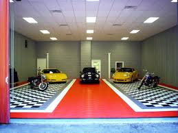 plate pattern garage flooring with black and grey design