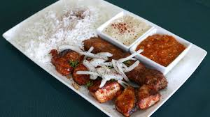 Eat Delicious Armenian Kebabs From Tonir Cafe Nearby The Hollywood ... Burbanks Classic Castaway Restaurant Closes For 10 Million Dominos Pizza Paves Burbank Street Los Angeles Times Retro Dairy Mart On Twitter Grab Delicious Food At Our New City Of Mcer Island Food Fair Man Dies After Hes Thrown From His Bike And Hit By A What The Fork Brings Flavors To Campus Community Wood Word High School Truck Night Connect Cnexion Todays Trucks 303 N Glenoaks On The Grid Doughnut Hut 2 3 Bodies Found In Car Identified As Missing